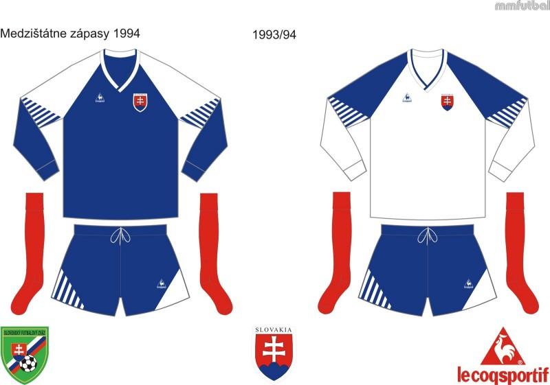 Prvé reprezentačné dresy samostatného Slovenska z roku 1994.