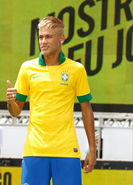 brazilia_zlty_neymar