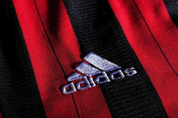 acm_pruhovany_adidas